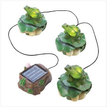 Frog Trio Solar Garden Decor