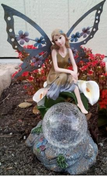 Solar Fairy with Crackled Glass Ball