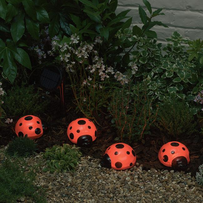 Ladybug Solar Light With Red LEDs   4 PCS